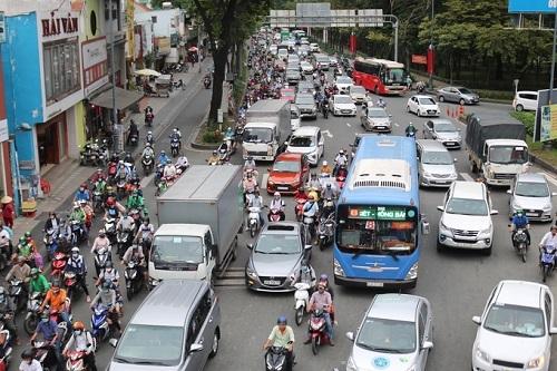Kiến nghị sớm mở đường ở cửa ngõ Tân Sơn Nhất