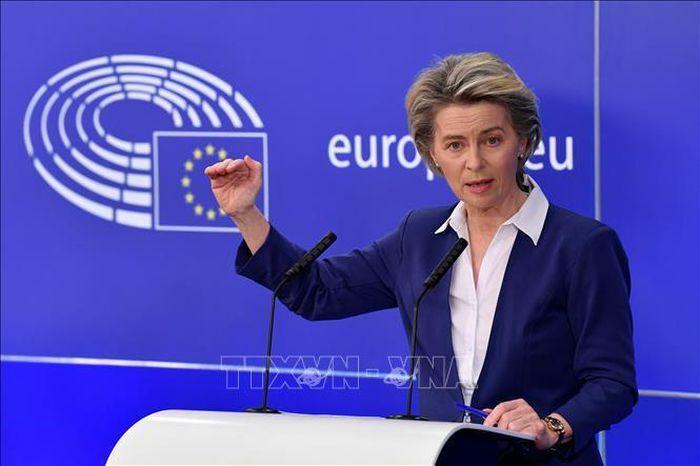 """EU lên kế hoạch cung cấp """"giấy thông hành xanh"""" vaccine"""