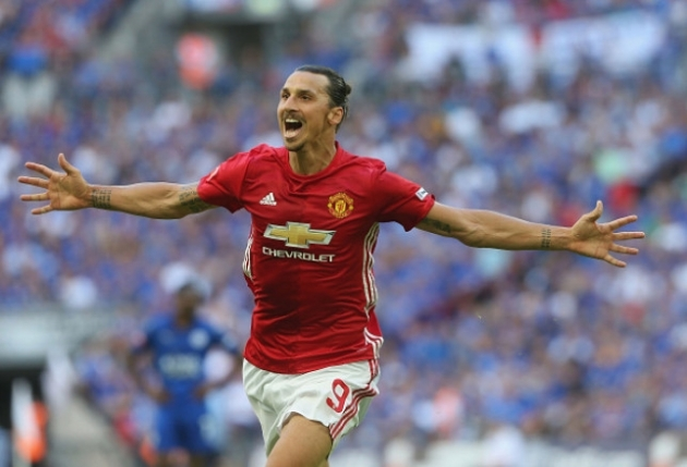 "Scott McTominay: ""Ở Man Utd, Zlatan rất tàn nhẫn…"""