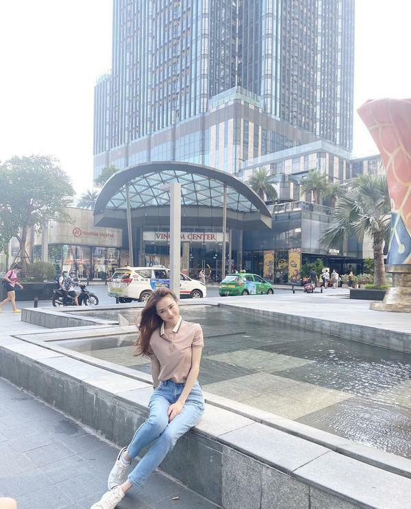 Nhã Phương khoe ảnh chụp lén không chỉnh sửa mà khiến netizen hoảng hốt vì một chi tiết