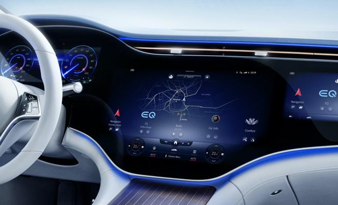 Nội thất Mercedes-Benz EQS gây choáng ngợp với màn hình cảm ứng phủ kín táp lô