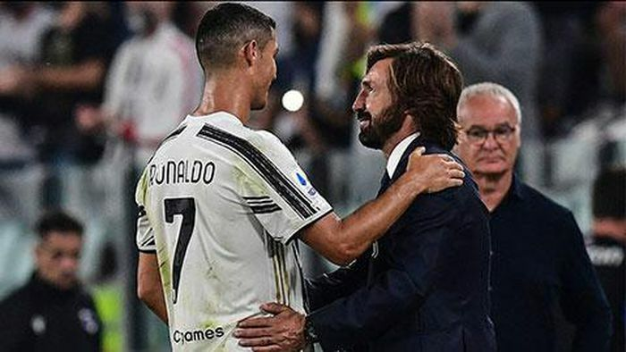 """Ronaldo và Pirlo được sếp lớn """"bảo kê"""" sau trận thua sốc của Juventus"""