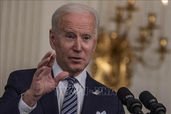 Tổng thống Mỹ đề cập nhiều vấn đề trong cuộc họp báo đầu tiên
