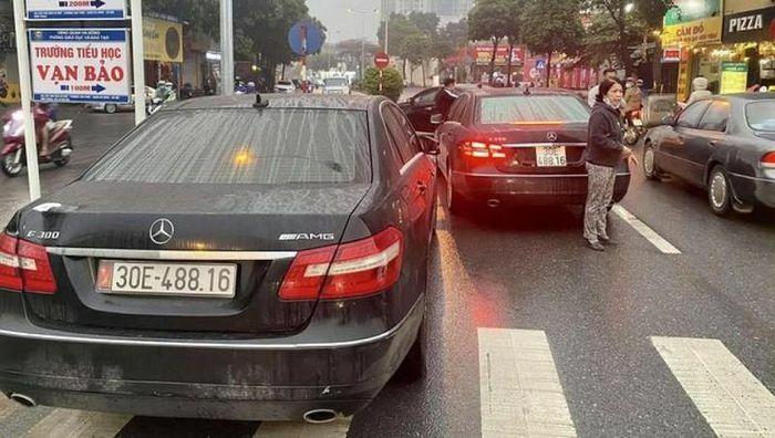 Thông tin mới nhất về vụ 2 biển xe Mercedes biển số giống hệt nhau