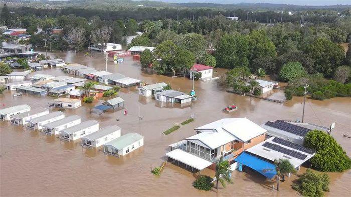 """Hình ảnh Australia chịu cảnh lũ lụt """"trăm năm có một"""""""