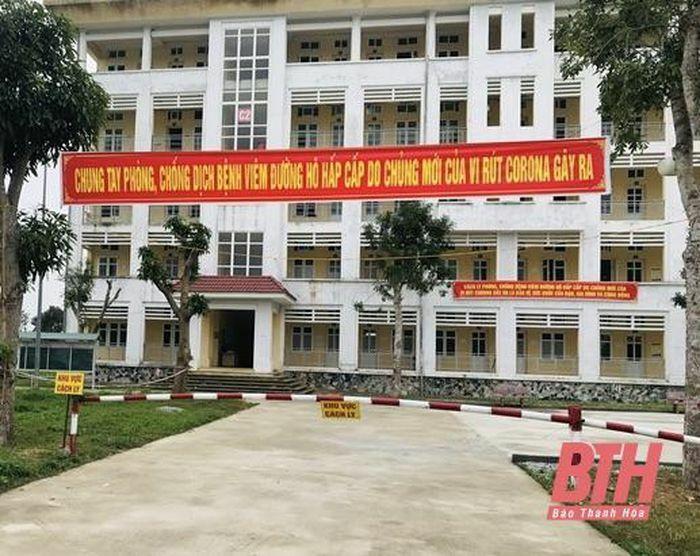 12 người Trung Quốc nhập cảnh trái phép vào Việt Nam cách ly tại Trung tâm Giáo dục quốc phòng – An ninh, âm tính với virus SARS-CoV-2