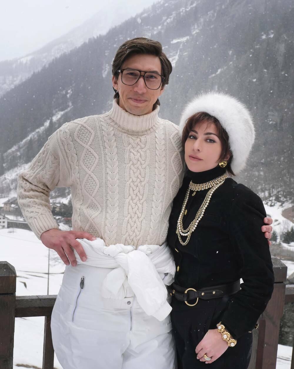 Hậu trường phim House of Gucci, fan Việt réo gọi Phi Nhung khi thấy tạo hình Lady Gaga