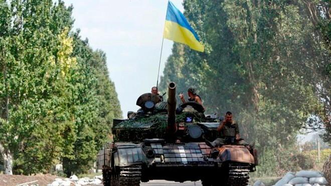Tổng thống Ukraine ký sắc lệnh bắt đầu cuộc chiến ở Donbass ngày 15-3?