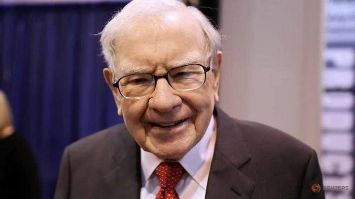 Tài sản của Warren Buffett lần đầu vượt ngưỡng 100 tỷ USD