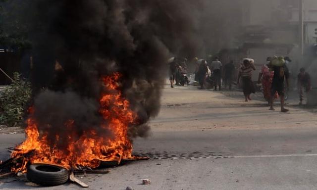 Số người thiệt mạng ở Myanmar tăng lên 320, quân đội cảnh báo cứng rắn