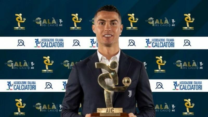 'Coach' Pirlo mừng tuyên bố Ronaldo ở lại