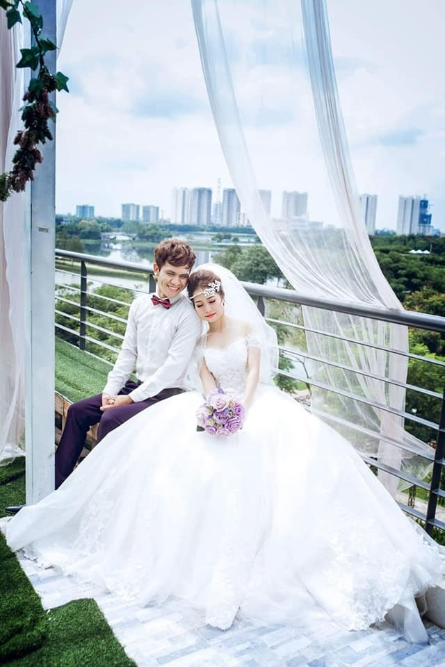 """Vợ """"người hùng"""" Nguyễn Ngọc Mạnh: """"Chồng tôi tốt xưa giờ, tốt đến mức bị người khác lừa anh cũng kệ"""""""