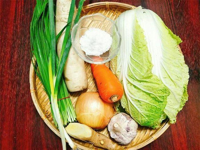 Tự làm kim chi tại nhà mà cho thêm 4 nguyên liệu này vào đảm bảo thơm ngon, đúng chuẩn vị Hàn