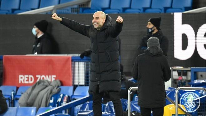 ĐIỂM NHẤN Everton 0-2 Man City: Pep Guardiola quá cao tay. Cú ăn tư vẫy gọi Man xanh