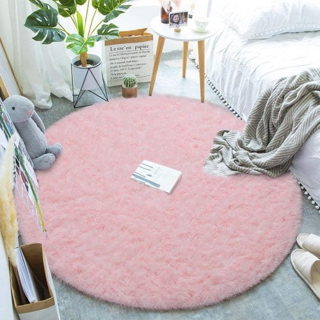 Gợi ý những mẫu thảm tròn trang trí nhà cửa được yêu thích nhất