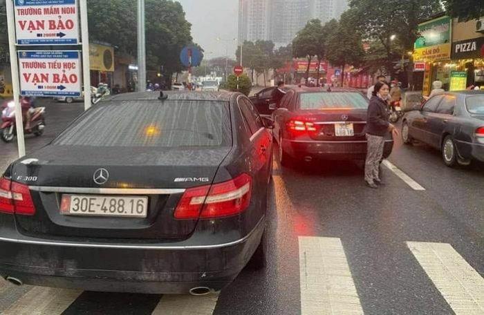 Vụ 2 xe Mercedes-Benz cùng biển số: Xe dùng biển thật đã về với chủ