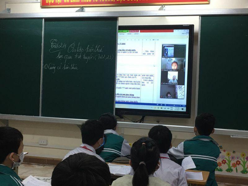 """Quảng Ninh lên phương án """"giải cứu"""" hơn 500 học sinh 'mắc kẹt' tại Hải Dương"""