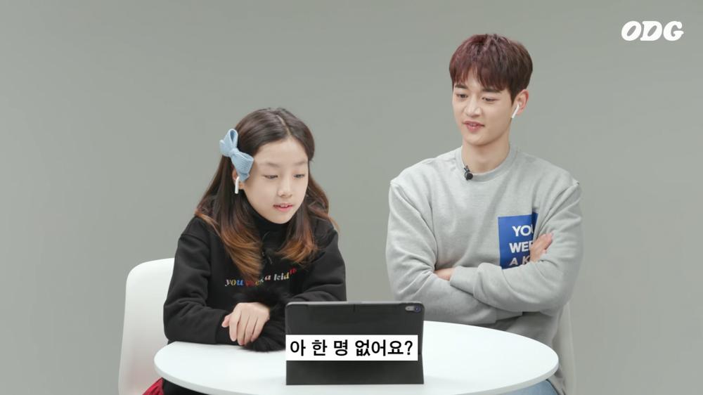 Bé gái hỏi sao SHINee thiếu đi Jonghyun, Minho nghẹn ngào trả lời khiến fan xót xa!