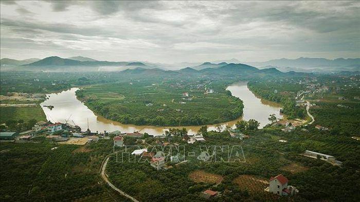 Bảo vệ các dòng sông – vì tương lai xanh của đất nước