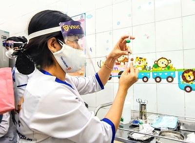 Hải Dương: 5 trường hợp có biểu hiện sốt sau tiêm vaccine COVID-19
