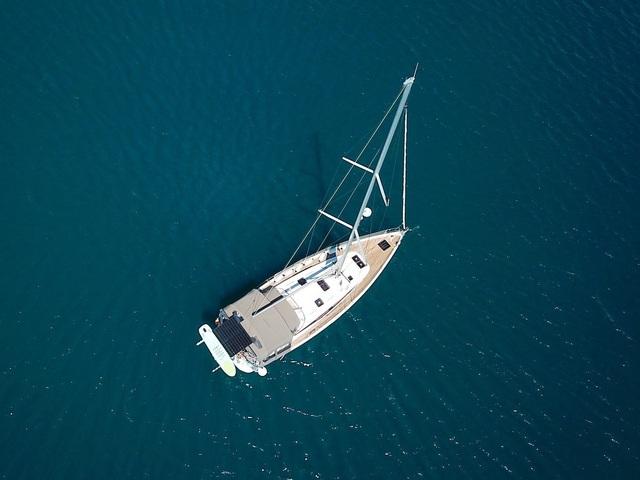 Gia đình bán hết gia tài mua thuyền, quyết lênh đênh du lịch trong 5 năm