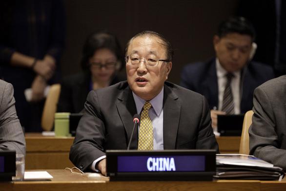 """Đại sứ Trung Quốc bất ngờ kêu gọi """"xuống thang căng thẳng"""" ở Myanmar"""