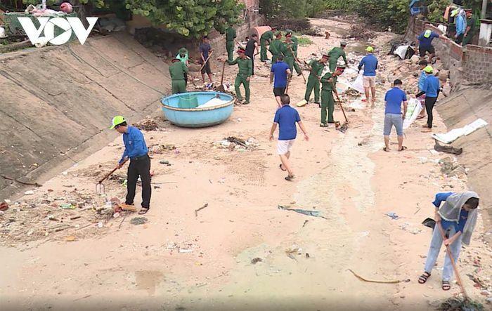 Đảo Thanh niên xanh không rác thải nhựa