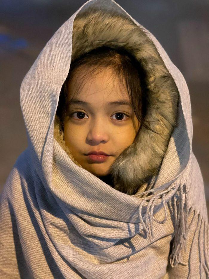 """""""Con gái Việt Anh"""" trong """"Hướng dương ngược nắng"""" đúng chuẩn tiểu mỹ nhân"""