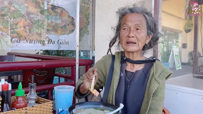 Ca sĩ Kim Ngân tại Mỹ: Không còn tỉnh táo, mất trí nhớ, ăn rất ít, nói lí do không về nhà