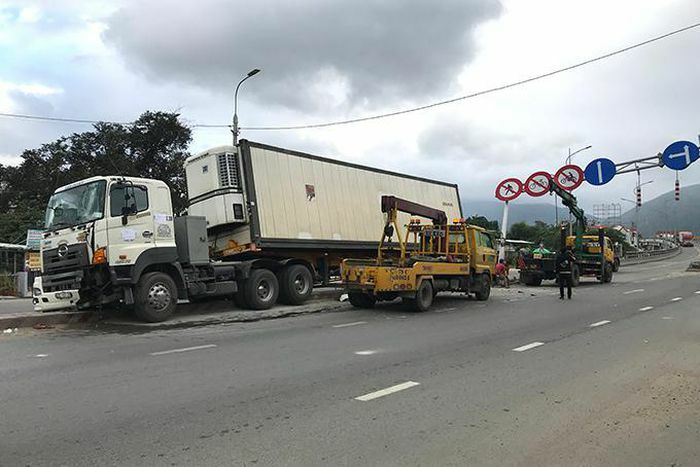 Nhiều giải pháp giảm tai nạn giao thông