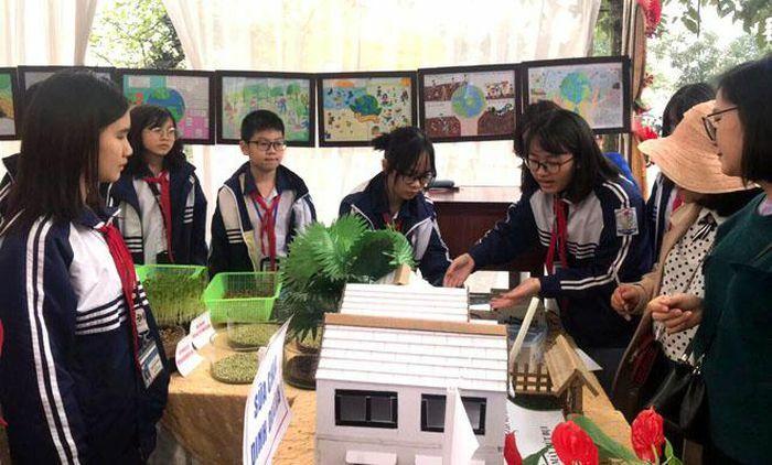 Tưng bừng ngày hội STEM của học sinh Yên Bái