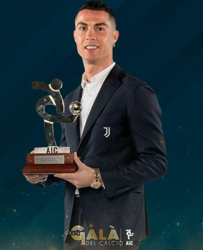 Ronaldo được vinh danh 2 năm liên tiếp