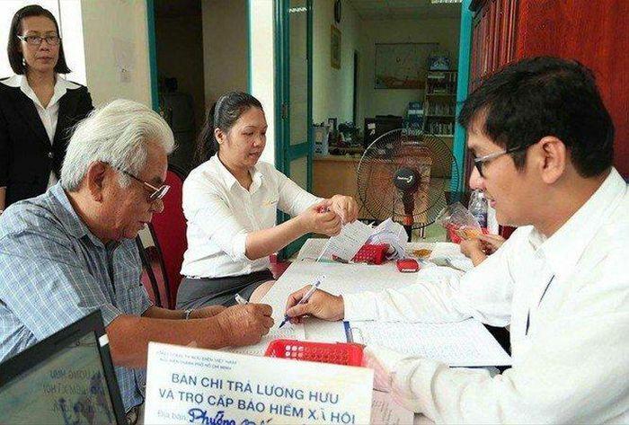 Bộ LĐ-TB&XH đề xuất điều chỉnh riêng với người nghỉ hưu trước năm 1995