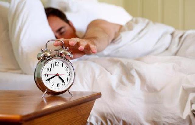 10 mẹo đơn giản giúp thức dậy sớm và bắt đầu ngày mới nhiều năng lượng