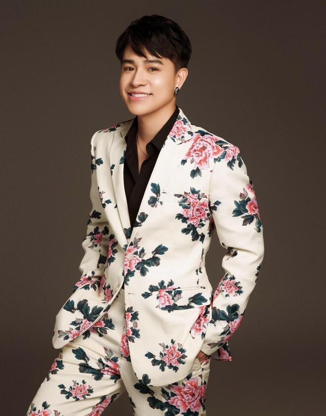 """""""Hiện tượng"""" giọng hát phi giới tính Tùng Anh tiết lộ lý do biến mất khỏi showbiz"""