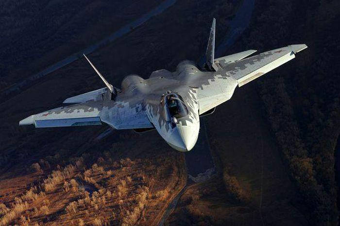 Việc bàn giao tiêm kích Su-57 lại bị gián đoạn?