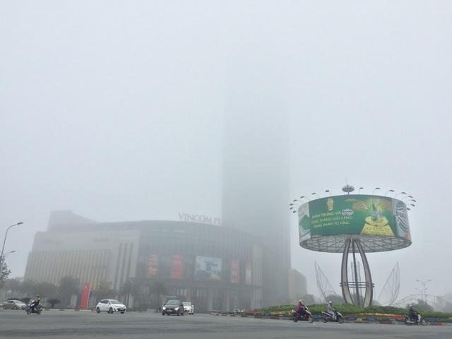 Hà Tĩnh chìm trong sương mù dày đặc