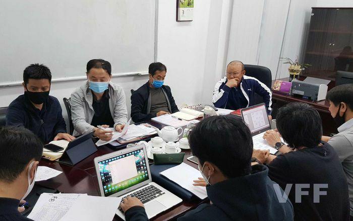 HLV Park Hang Seo trở lại với công việc, tập trung cho vòng loại World Cup