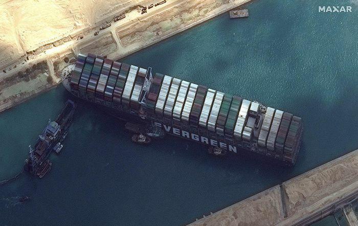 Khủng hoảng Suez là viễn cảnh tồi tệ nhất của thương mại toàn cầu