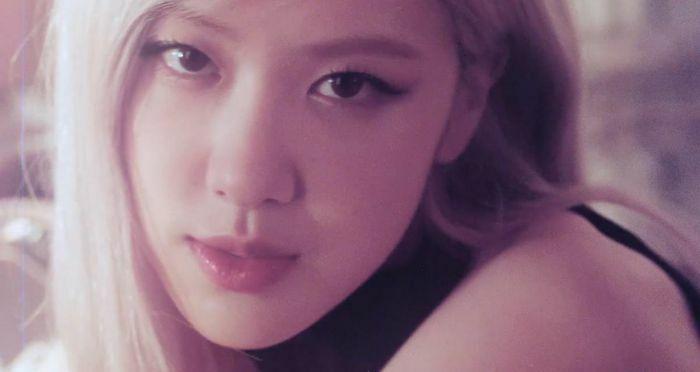 """Rosé (BLACKPINK) chính thức phát hành MV solo đầu tiên """"On the ground"""""""