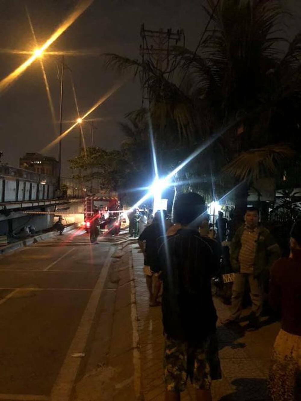 Cháy nhà lúc nửa đêm ở TP.HCM, 6 người trong một nhà tử vong