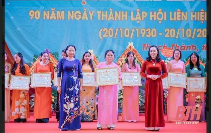 """Phụ nữ xứ Thanh phát huy 4 phẩm chất đạo đức """"Tự tin – Tự trọng – Trung hậu – Đảm đang"""""""
