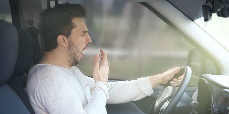 Tại sao tài xế buồn ngủ khi lái xe – cách nào phòng tránh thuận tiện?