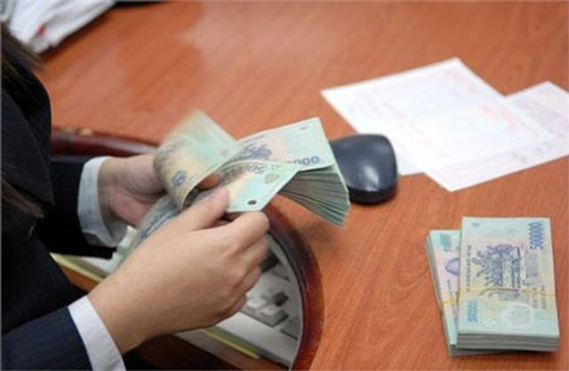 Lãi suất siêu rẻ, ngân hàng tăng cường vay mượn gần 200.000 tỷ đồng/ngày