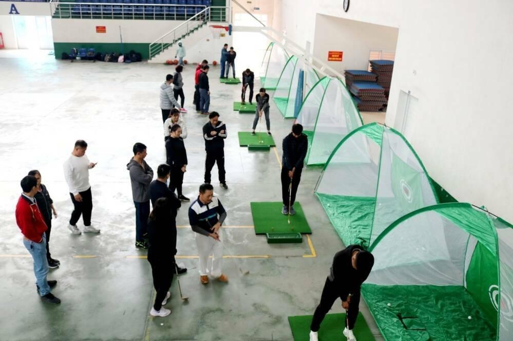 Đại học công lập đầu tiên đưa môn golf vào trong giảng dạy