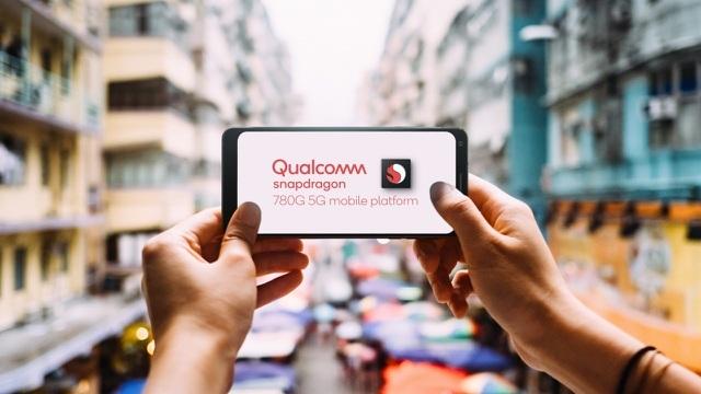Smartphone tầm trung sắp được sở hữu loạt tính năng như sản phẩm cao cấp
