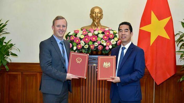 Trao Công hàm Hiệp định thương mại tự do Việt Nam – Anh