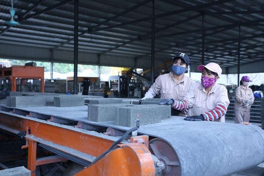 Quảng Trị: Khuyến khích doanh nghiệp đổi mới sản xuất