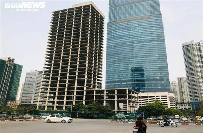 Tổng Công ty Xi măng đổ bao nhiêu tiền vào những tòa nhà, đất vàng bỏ hoang?