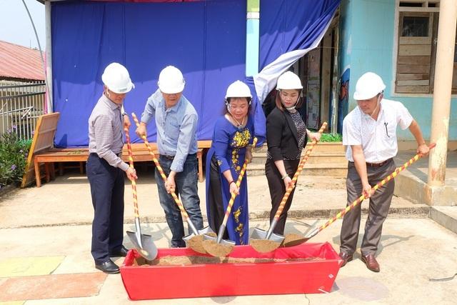 Quảng Trị: Hội Khuyến học xã hội hóa khởi công xây trường mầm non bản Bù